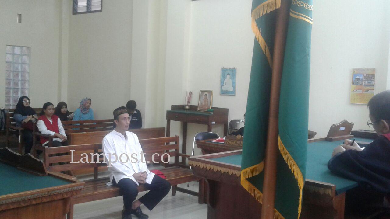 LAMPUNG POST | Konsumsi Sabu, Mantan Sekretaris Gerindra Pesawaran Divonis 18 Bulan Penjara