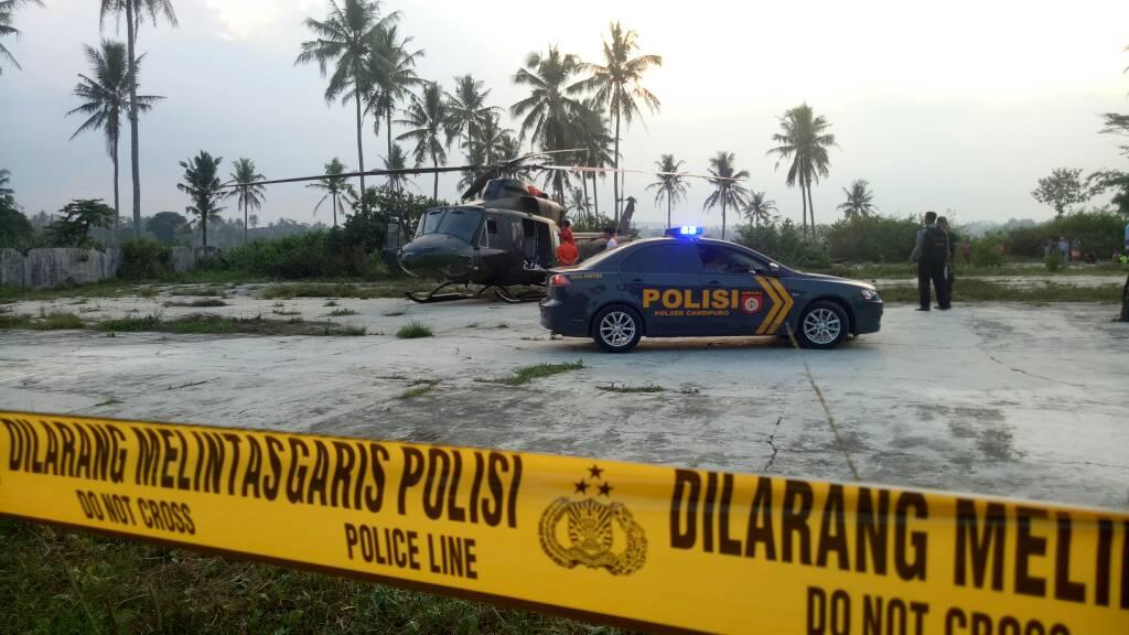 LAMPUNG POST | Diduga Mengalami Kerusakan Mesin, Helikopter TNI AD Mendarat Darurat di Candipuro