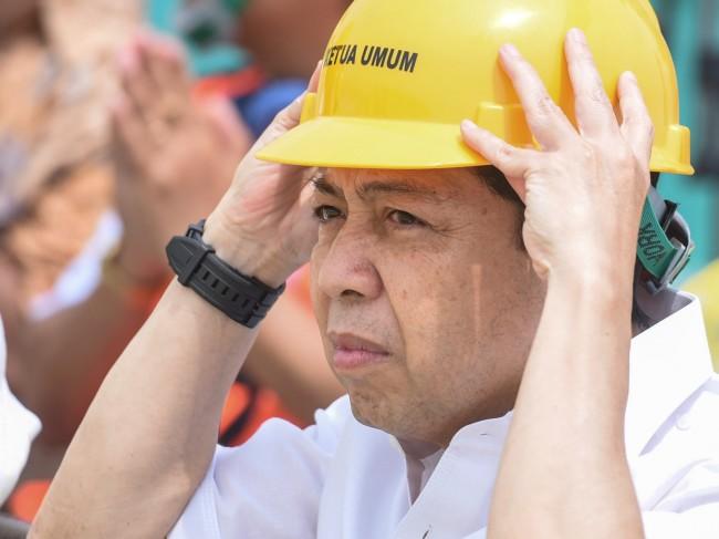 LAMPUNG POST | Mantan Ketua KPK Sebut Novanto Bisa Dijerat Pasal Pencucian Uang