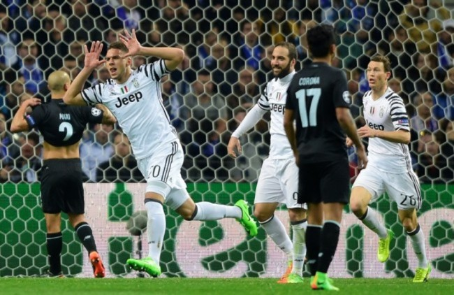Bintang Muda Juventus Segera Berseragam Schalke