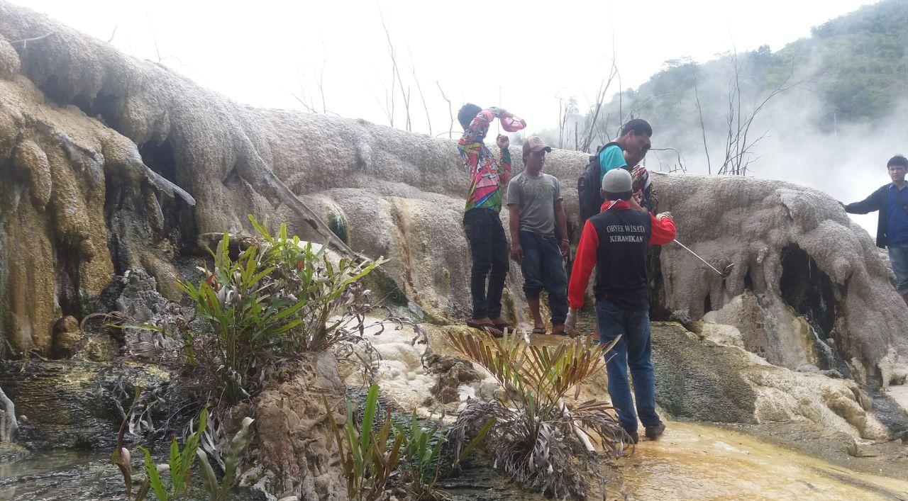 LAMPUNG POST | Lampung Barat Kaya Wisata Alam yang Eksotik