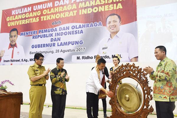 LAMPUNG POST | GOR Universitas Teknokrat Indonesia Terbaik Se-Indonesia-Dunia