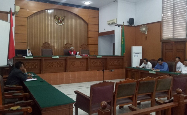 LAMPUNG POST | Pengadilan Tolak Praperadilan Hary Tanoe
