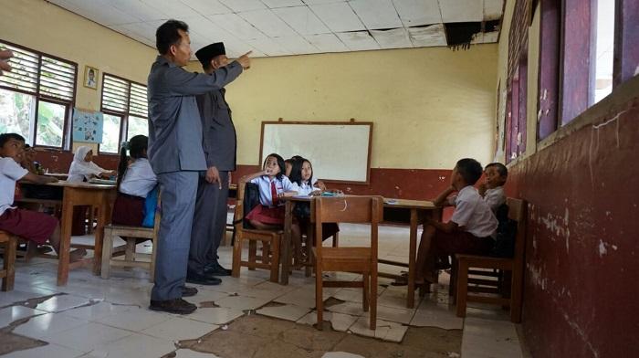 LAMPUNG POST   DPRD Lamsel Sesalkan Kinerja Dinas Pendidikan