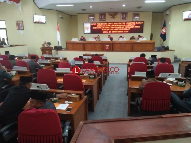 3 Raperda Inisiatif DPRD Lambar Disahkan Jadi Perda