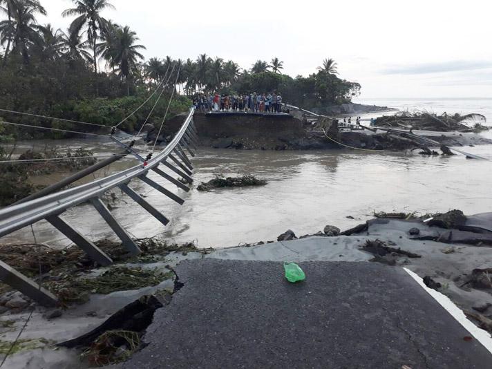LAMPUNG POST |  Kabupaten Pesisir Barat Bisa Dikategorikan Darurat Bencana