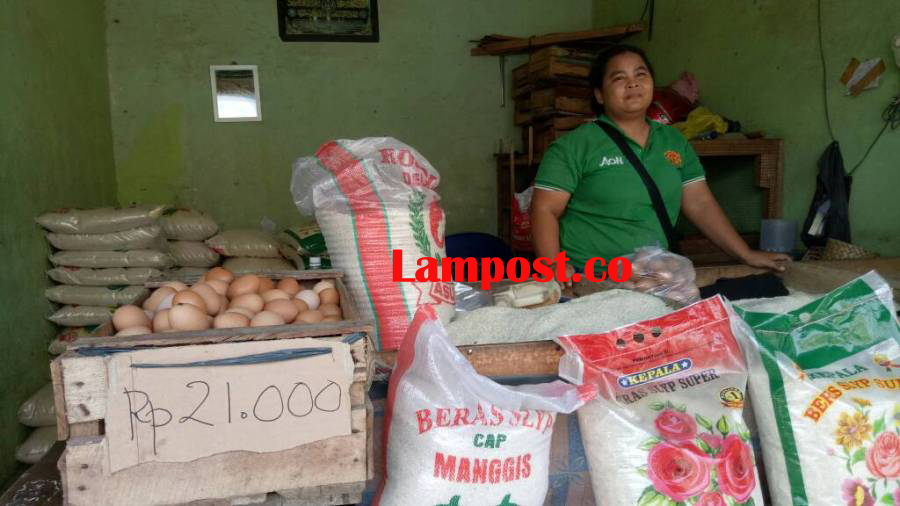 LAMPUNG POST | Harga Beras Stabil, Telur Ayam Naik di Lamsel