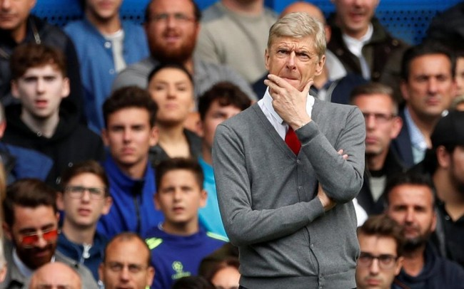 Wenger Kritik Wasit soal Penalti