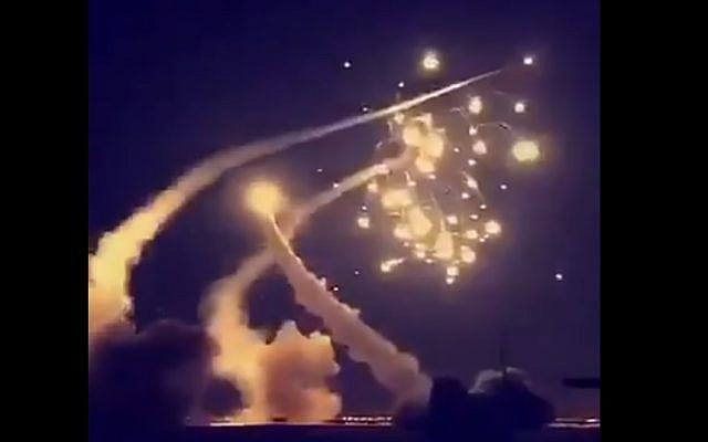 Yaman Tembakkan Rudal Balistik ke Arab Saudi