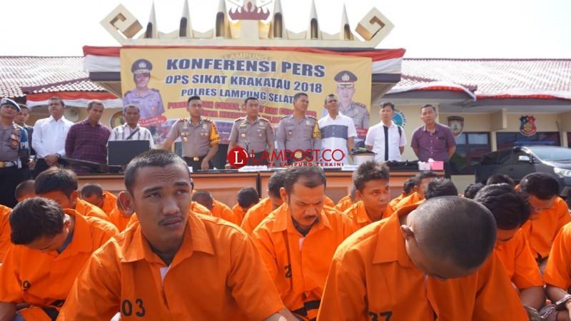 32 Penjahat Diamankan Polres Lamsel