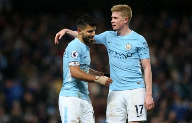 Sumbangan 4 Gol, Aguero Bawa Man City Lumatkan Leicester 5-1