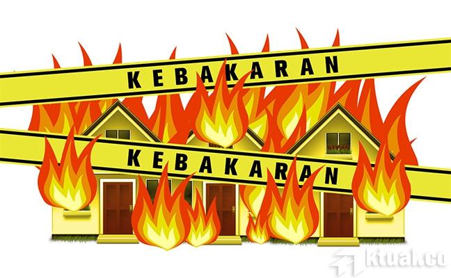 LAMPUNG POST   Ditinggal Kunjungi Saudara, Satu Rumah Ludes Terbakar