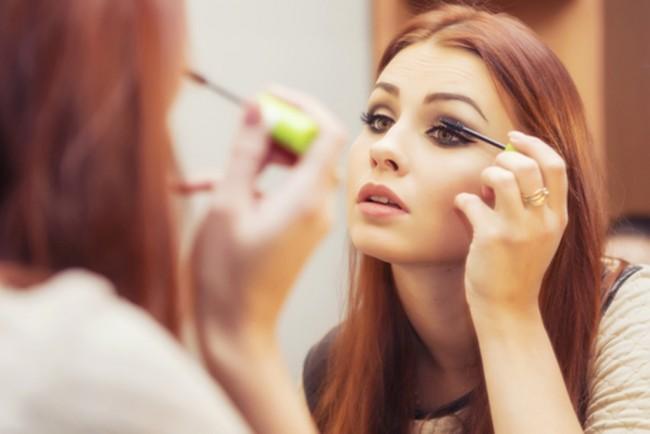 LAMPUNG POST   Tips agar Make Up Anda Tahan Lebih Lama