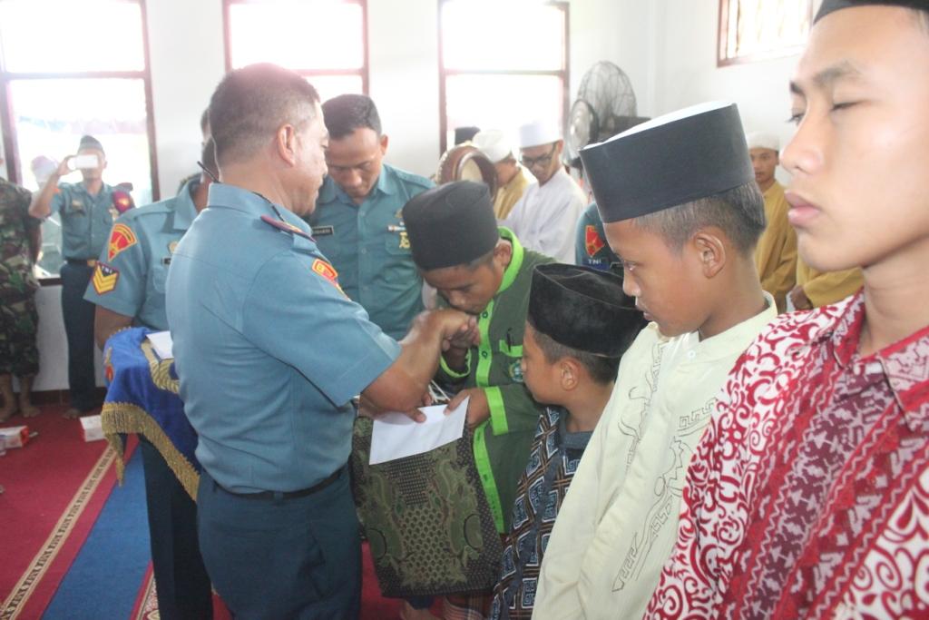 LAMPUNG POST | Prajurit Petarung Harimau Sumatera Brigif-3 Mar Peringati Isra Mi'raj