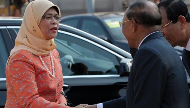 LAMPUNG POST   Rekam Jejak Presiden Baru Singapura Halimah Yacob