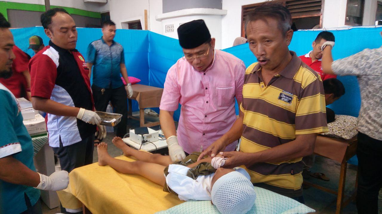 LAMPUNG POST | Lampung Post, PPNI dan KKSS Gelar Sunatan Massal