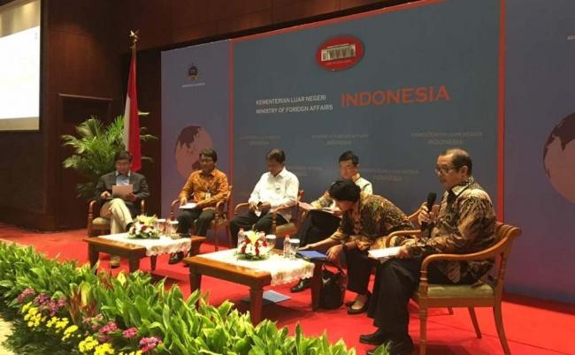 LAMPUNG POST | Dikelilingi Negara Nuklir, Indonesia Diminta Siaga