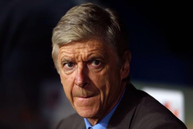 LAMPUNG POST | Wenger Salahkan Wasit atas Kekalahan Arsenal