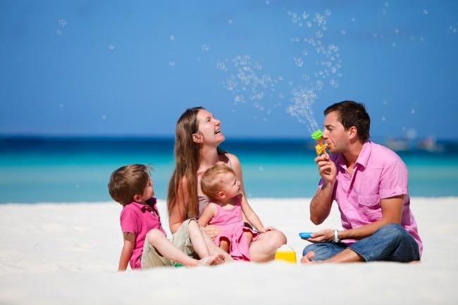 LAMPUNG POST   Ternyata, Travelling Bareng Keluarga Tingkatkan Kebahagiaan Anak
