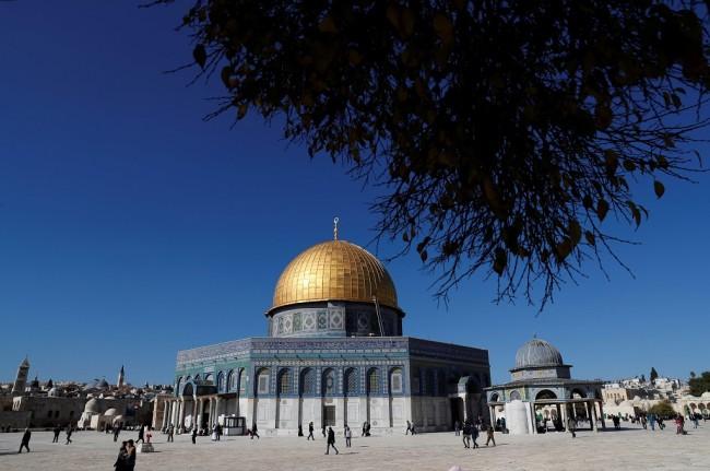 LAMPUNG POST | Palestina Usir Delegasi Bahrain dari Kompleks Masjid Al-Aqsa