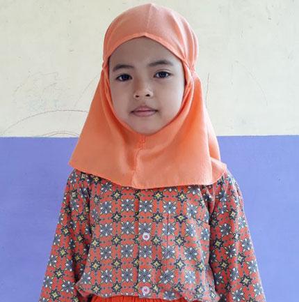 Adelia Chandra Kanti  Penghafal Surah Pendek