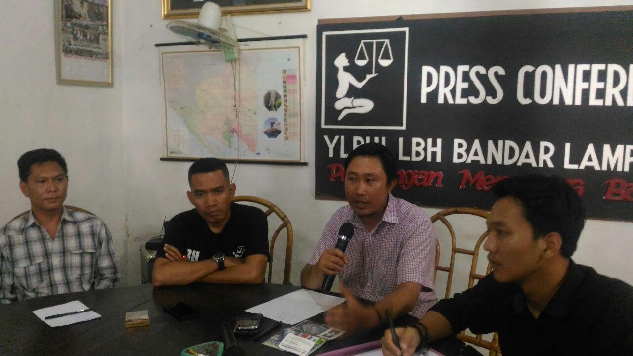 LAMPUNG POST   Unit Rumah Tak Kunjung Dibangun, Warga Mengadu ke LBH