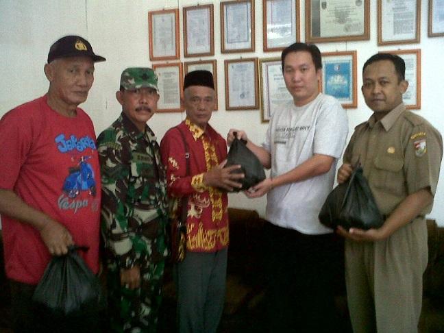 800 Paket Sembako Dibagikan di Tulangbawang Tengah