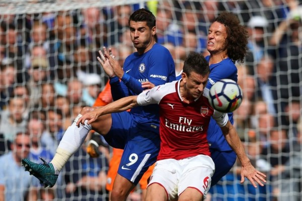 LAMPUNG POST | Sengit, Chelsea Diimbangi Arsenal 0-0