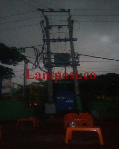 LAMPUNG POST | Petir Sambar Gardu Listrik Mie Aceh