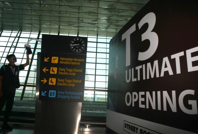 LAMPUNG POST | Rute Internasional di Bandara Soetta Pindah ke Terminal 3