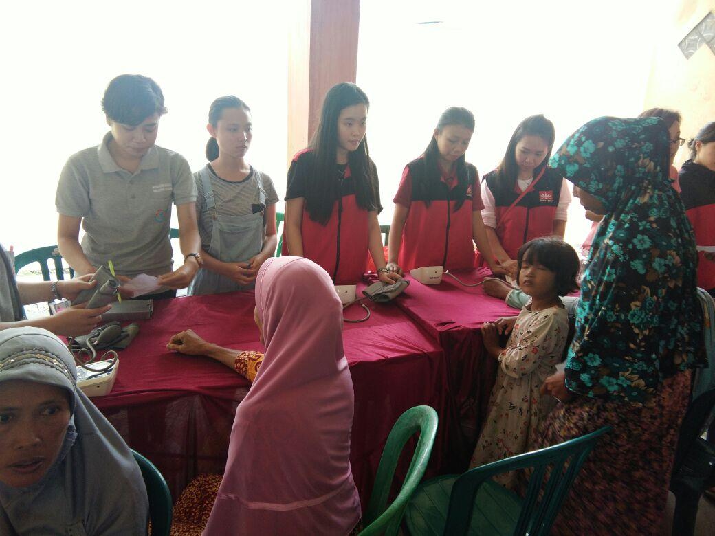 LAMPUNG POST | Ratusan Warga Antusias Ikuti Bakti Sosial di Rusunawa Telukbetung