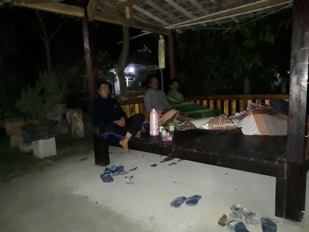 LAMPUNG POST | Warga Desa Sumbersari Gencar Ronda Malam
