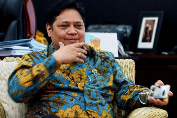 LAMPUNG POST | 2017, Impor Ponsel Turun Drastis