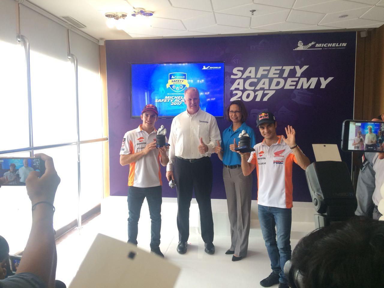 LAMPUNG POST   Michelin Kampanyekan Berkendara Aman dengan Pembalap MotoGP