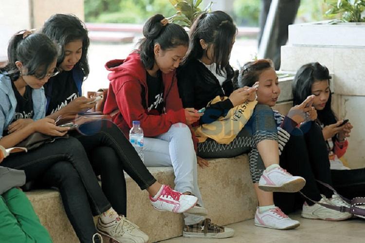 LAMPUNG POST | Gawai dan Kesehatan Remaja