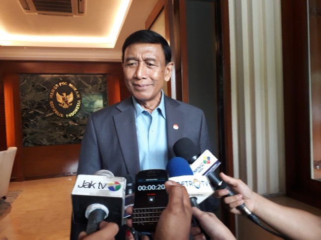 LAMPUNG POST | Tak Sehat Campurkan Narapidana, Wiranto Ingin Buat Lapas di Pulau Terluar