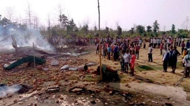 LAMPUNG POST | 23 Orang Tewas dalam Ledakan Hebat Pabrik Kembang Api di India