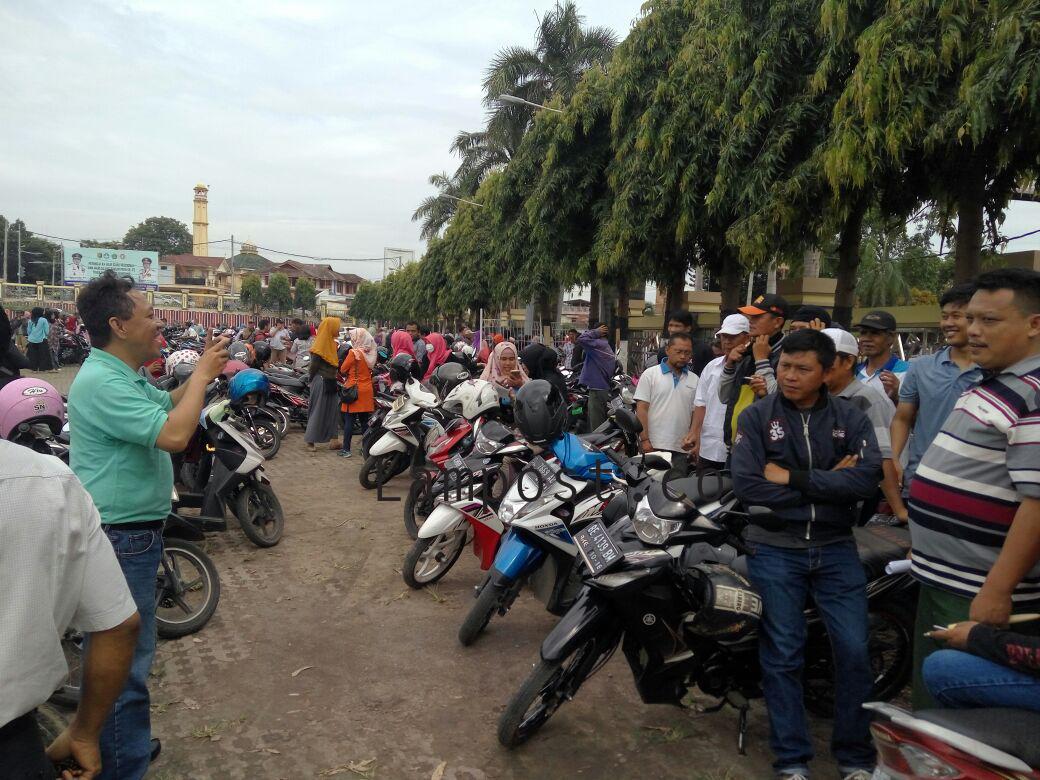 LAMPUNG POST | RT Dikoordinir Lurah Ikut Demo Tanpa Tahu Tujuan Aksi