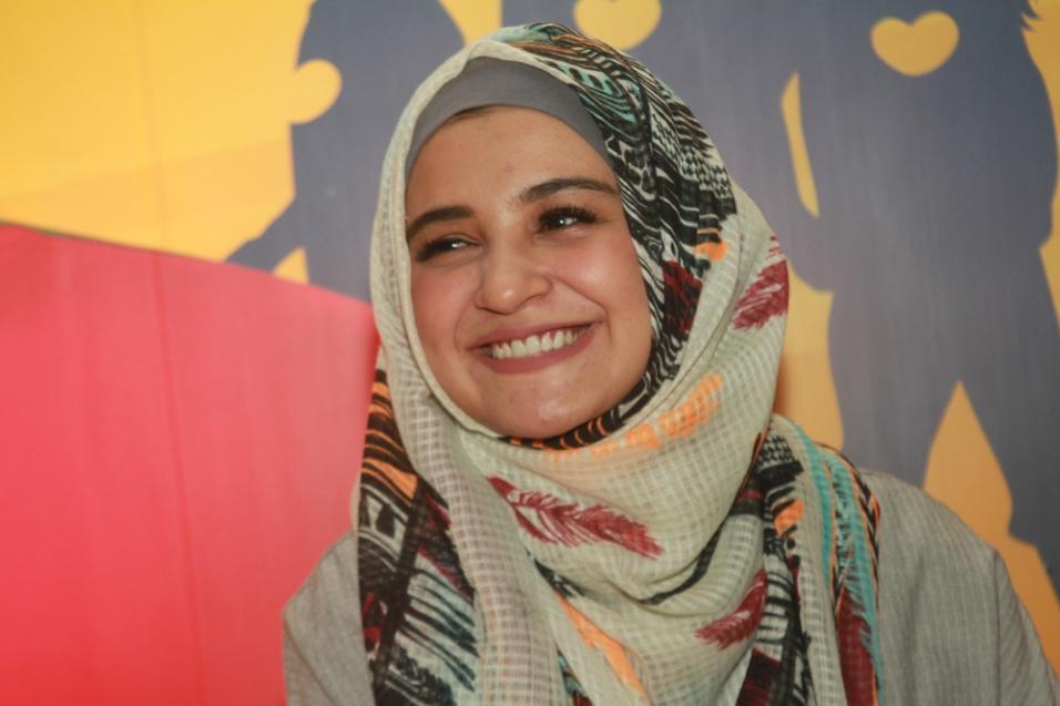 LAMPUNG POST | Shireen Sungkar Jahit Baju Lebaran Anak