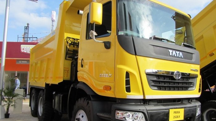 LAMPUNG POST | Tata Motors Kian Agresif Garap Pasar Komersil