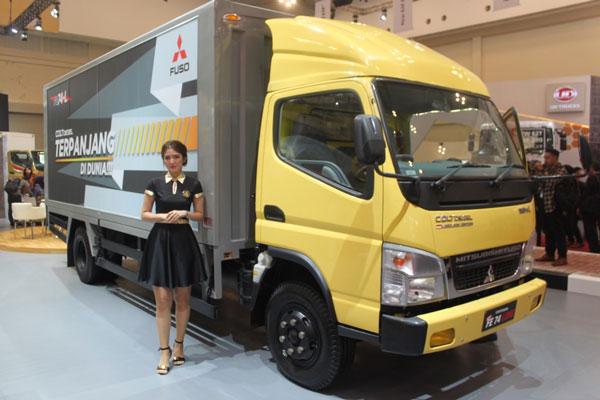 LAMPUNG POST | Mitsubishi Fuso Luncurkan Varian Baru di GIIAS 2017