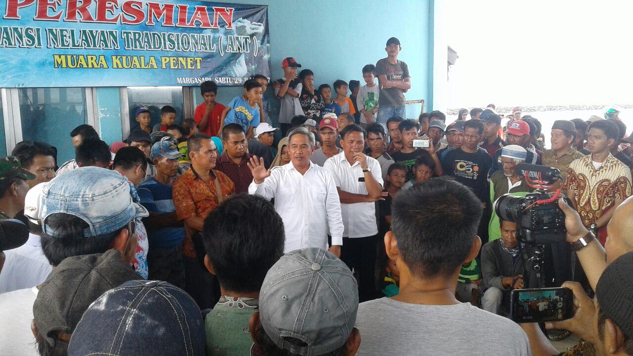 LAMPUNG POST | Nelayan Labuhanmeringgai Tagih Janji Dirjen Tangkap Soal Bantuan Jaring