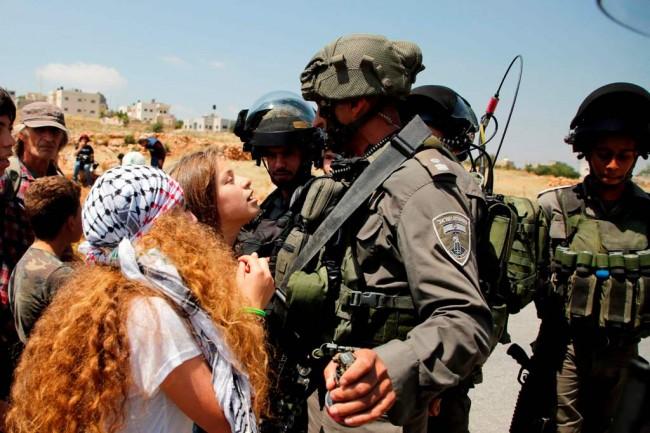 Tampar Prajurit Israel, Gadis Palestina Ini Ditahan