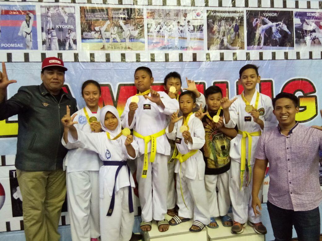 LAMPUNG POST | Tim Taekwondo Unila Kids Sabet 13 Medali di Saburai Cup 2018