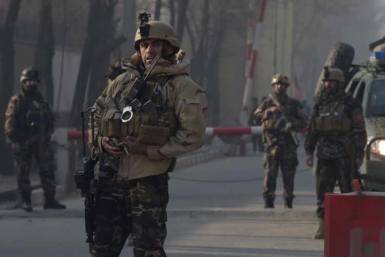 LAMPUNG POST | Taliban Serbu Hotel di Kabul, 18 Orang Tewas Termasuk Warga Asing