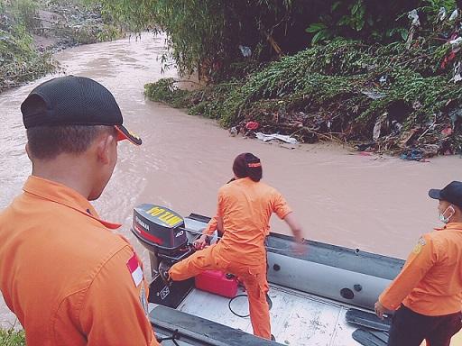 LAMPUNG POST   Bupati Dendi Imbau Warga Waspadai Banjir dan Longsor