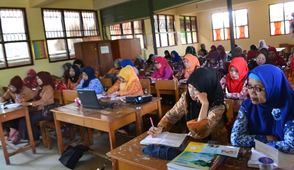 LAMPUNG POST | Tunjangan Sertifikasi Guru di Tulangbawang Cair