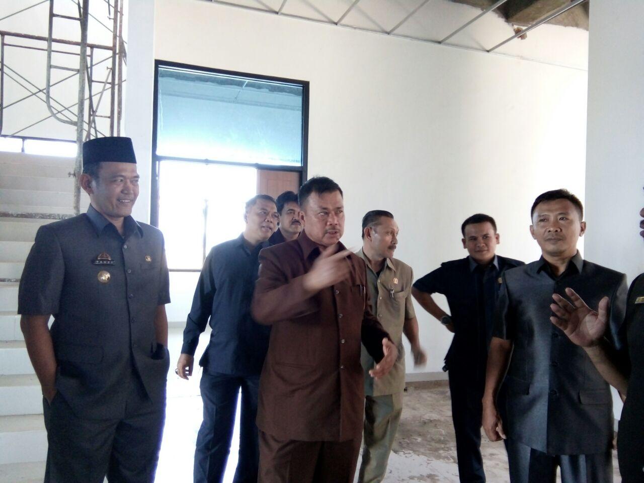 LAMPUNG POST   Pimpinan Dewan Pringsewu Sidak Pembangunan Gedung Dewan