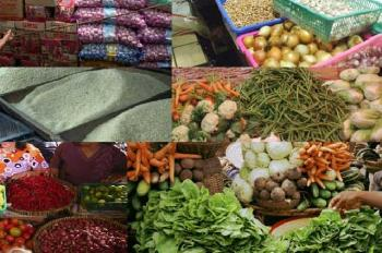 LAMPUNG POST | Harga Kebutuhan Pokok Melejit di Pasar Pasir Gintung