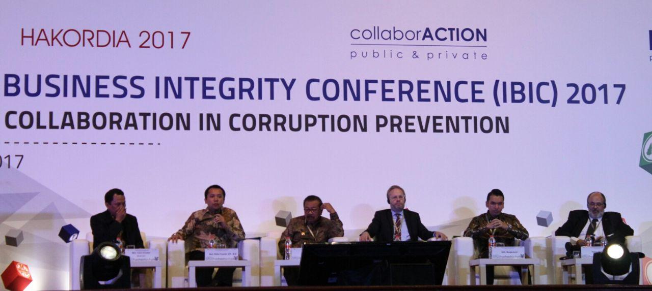 LAMPUNG POST   Gubernur Ridho di KPK; Lampung Beri Terobosan untuk Cegah Korupsi dan Tarik Investor
